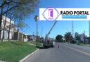 Instalan luminarias LED y pintan postes en avenida Don Bosco
